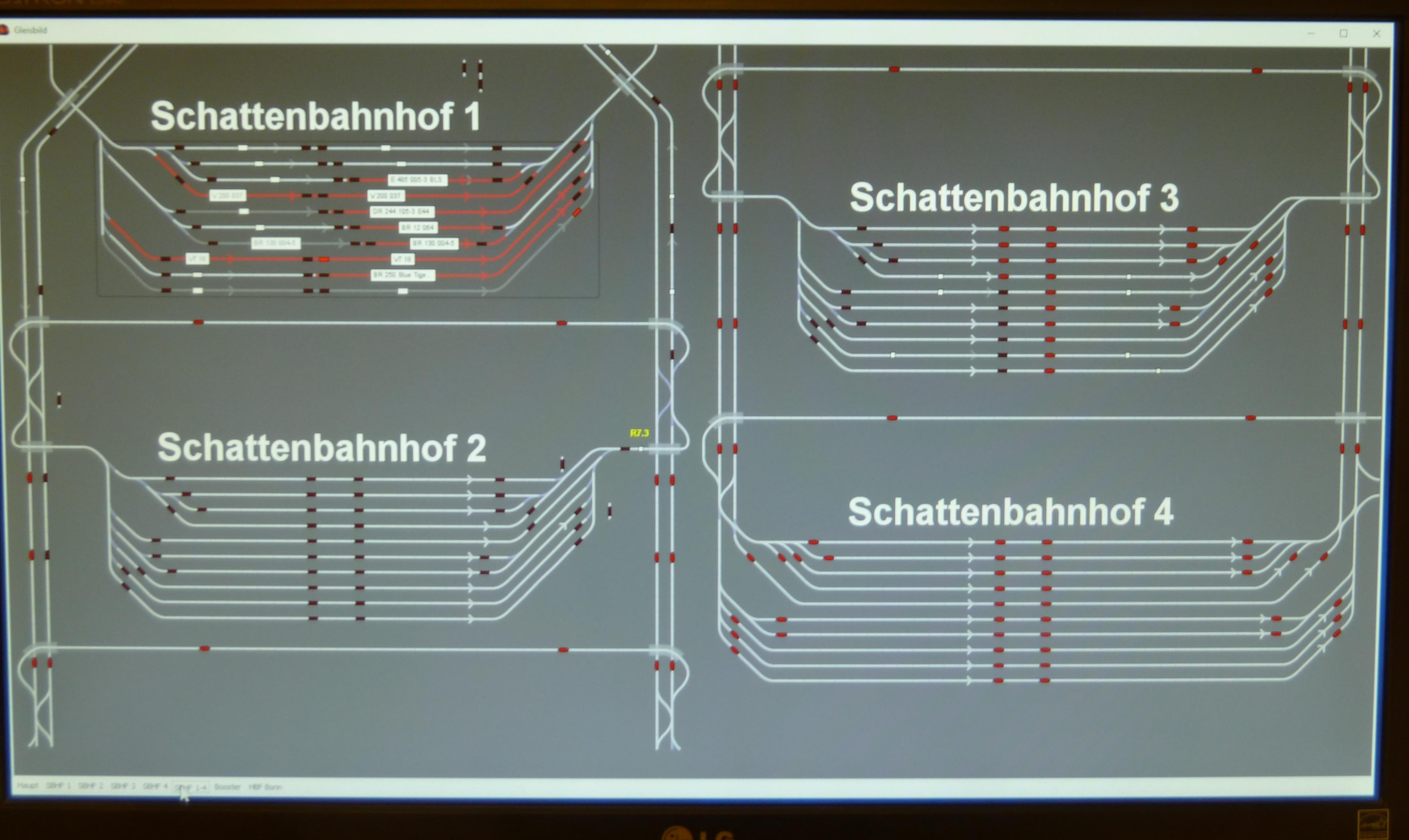 """4. Monitor, Gleisbild """"Schattenbahnhöfe"""""""